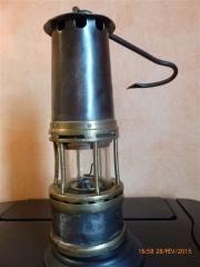lampe Marsault utilisée dans la Loire  2 002.JPG