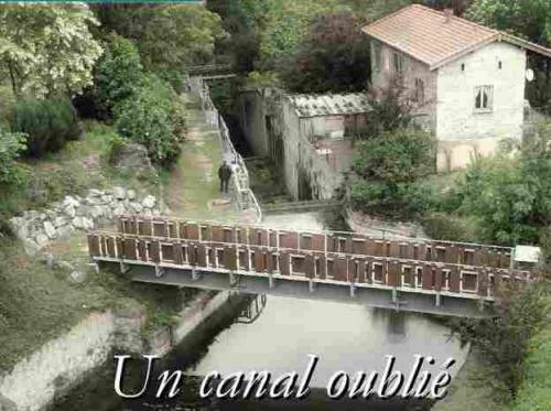maison éclusière du canal de Givors Tartars photo4.jpg